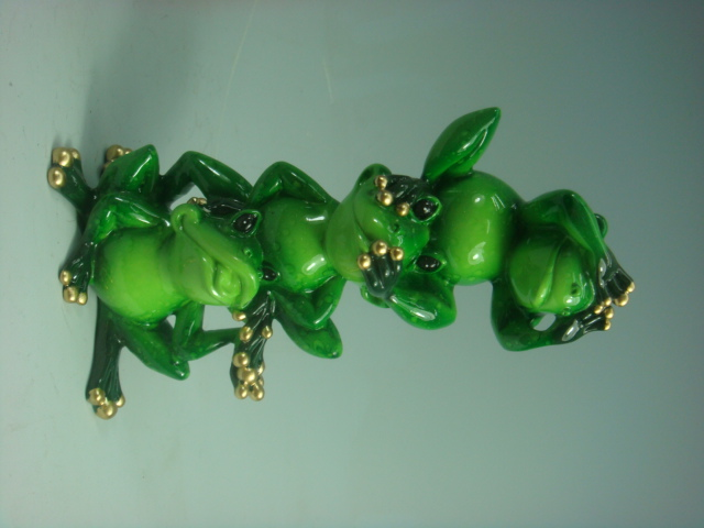 Three No Evil Frogs Polyresin